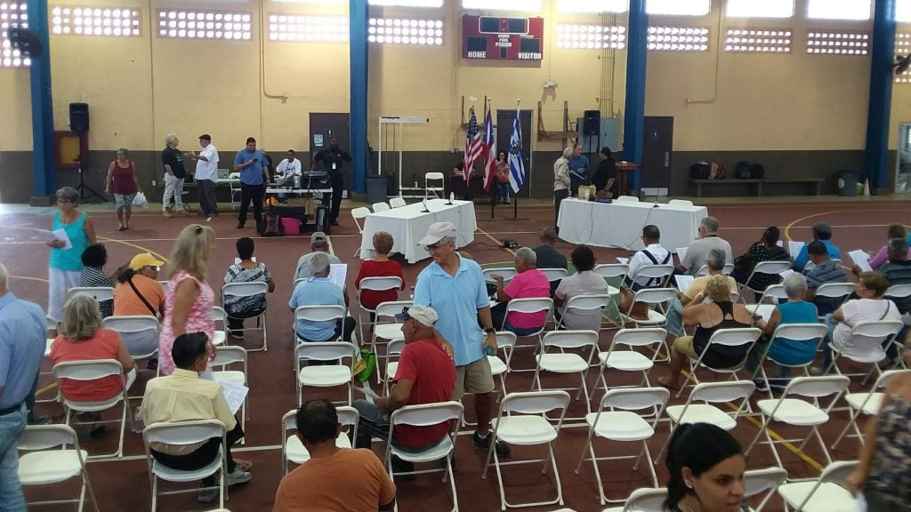 Town Hall meeting on the future of Vieques power, where no questions were allowed.