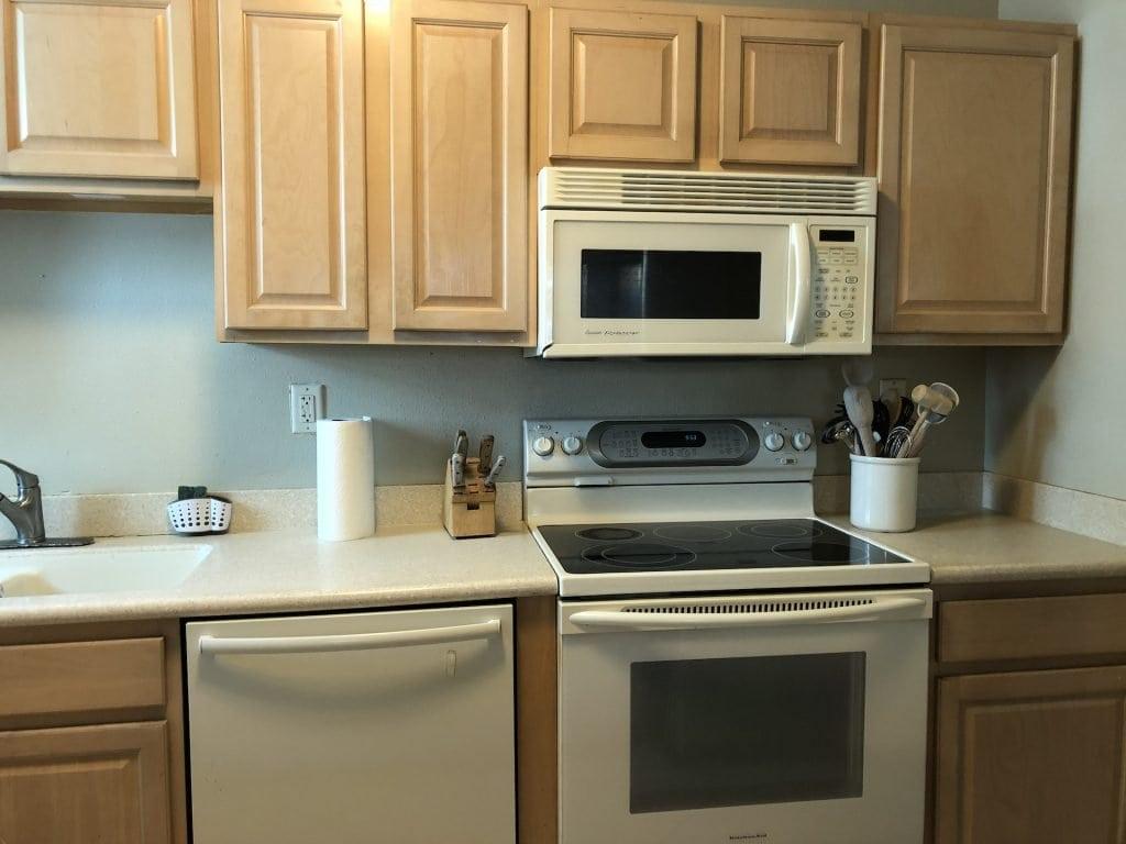 Appliances & Cabinets